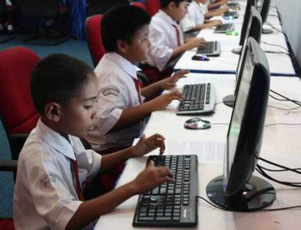 Kegunaan Komputer dalam Pendidikan dan Sekolah
